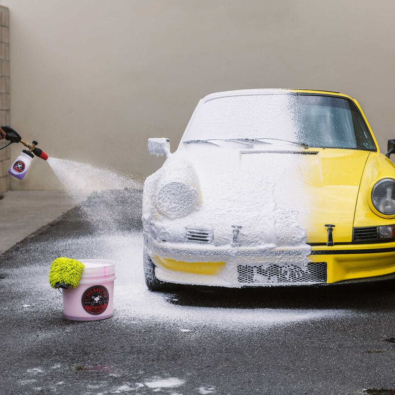 HydroSuds High-Gloss Hyper Foaming SiO2 Ceramic Car Wash Soap slider image 7