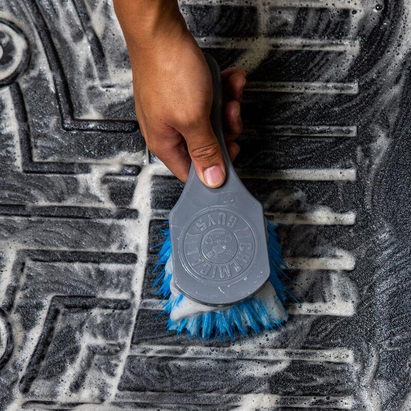 Big Blue Stiffy Heavy Duty Tire Brush
