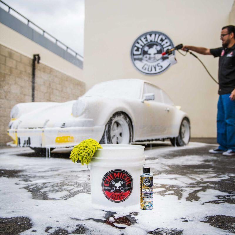 HydroSuds High-Gloss Hyper Foaming SiO2 Ceramic Car Wash Soap slider image 6