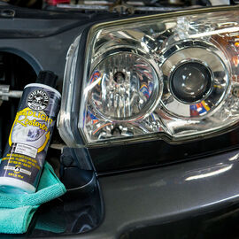 Headlight Lens Restorer and Protectant